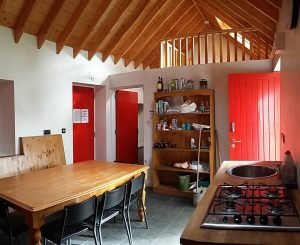 Trannish Island Bothy - Kitchen Area