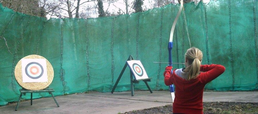 Outdoor activities for teens - Archery