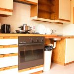 Self Catering Chalet Kitchen - Share Dsicovery Village